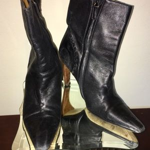 Gucci leather Ankle Boots 8